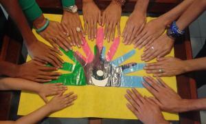 III reunión manos